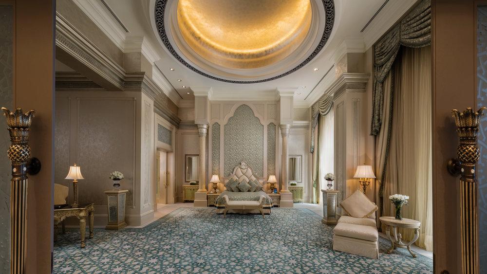 Palace_Suite_Bedroom[2].jpg