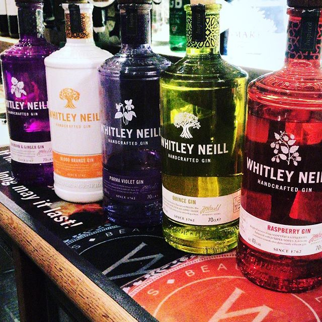 COME AND INDULGE YOURSELF IN OUR SELECTION OF @whitleyneillgin YOU WONT BE DISAPPOINTED! 🍸🍸 ~~~~~~~~~~~~~~~~~~~~~~~~~ ✨RASPBERRY ✨ QUINCE ✨PARMA VIOLET ✨BLOOD ORANGE ✨RUBARB & GINGER 🍸🍸