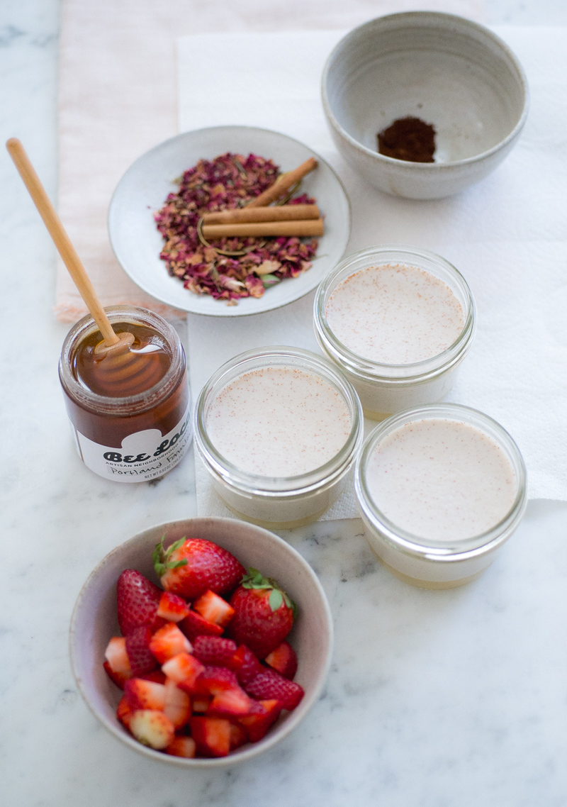 rose and cinnamon coconut panna cotta (AIP/Paleo) » itsmecharlotte.com