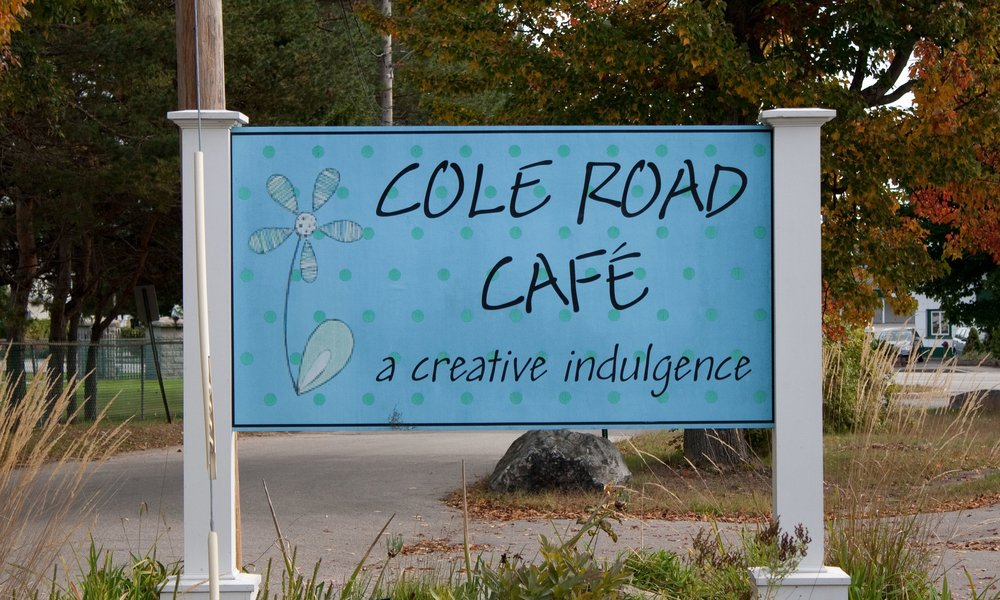 Cole_Road_Cafe_Street_Sign.jpg