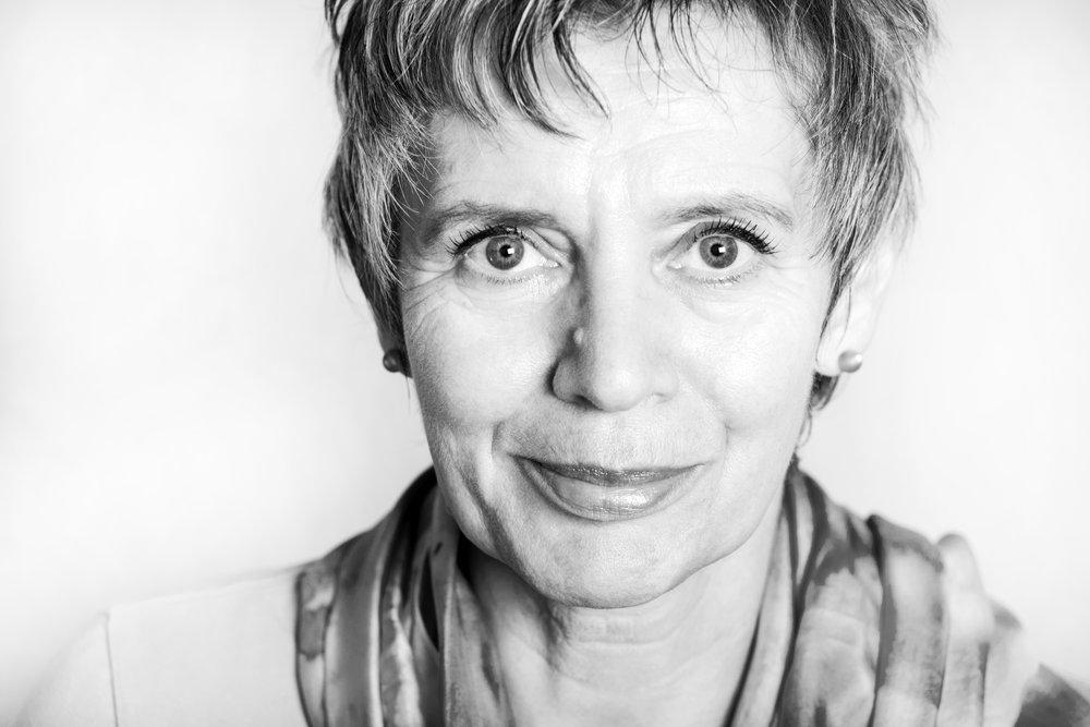 Schwarz-Weiß Porträt Brigitte Biermann