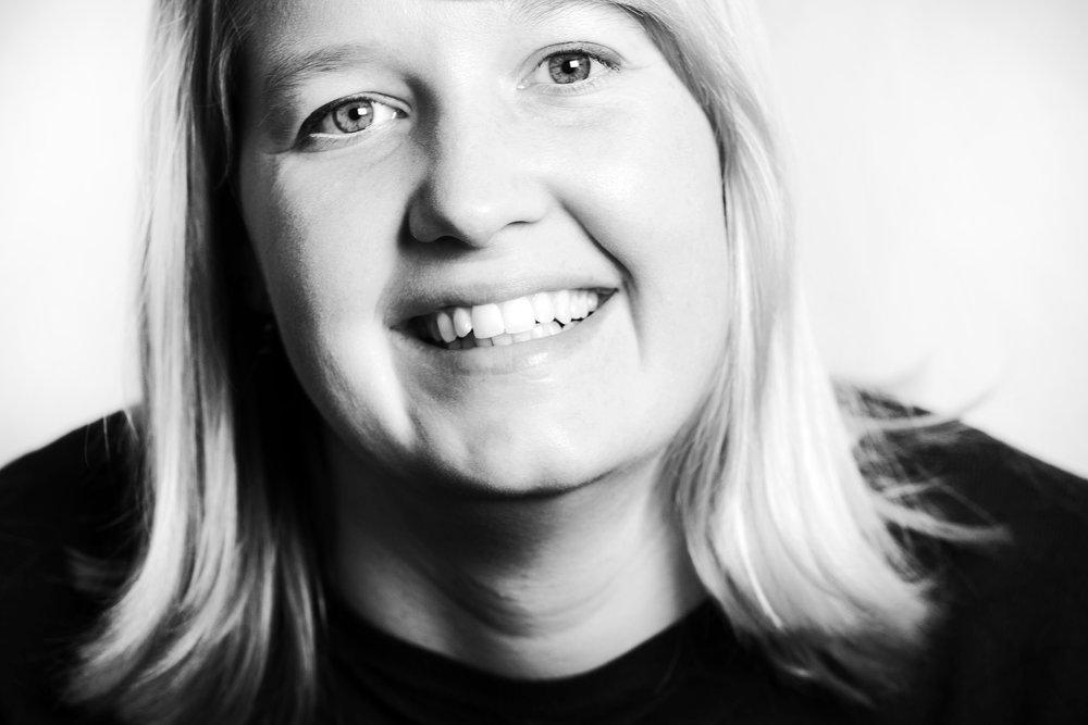 Schwarz-Weiß-Porträt Wiebke Esdar