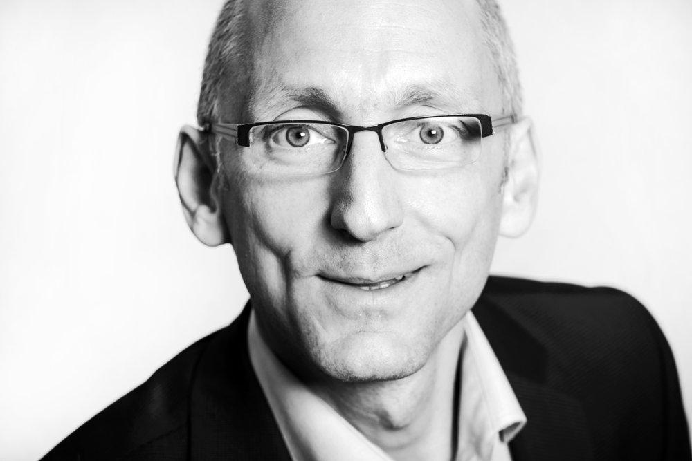 Schwarz-Weiß-Porträt Ulrich Gödde