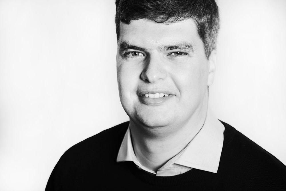 Schwarz-Weiß-Porträt Johannes Schmalen