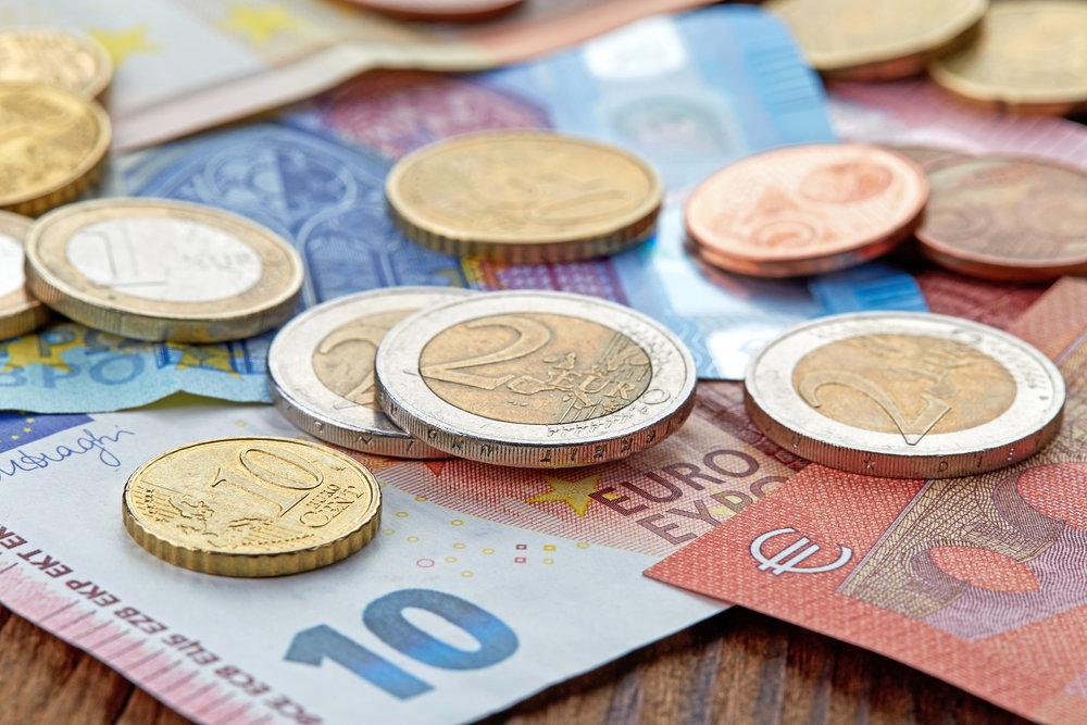 Geldmünzen - colourbox
