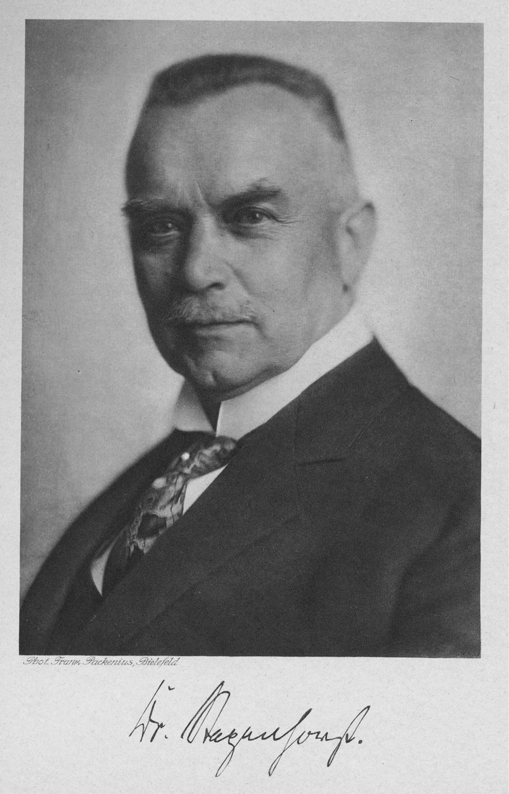 Oberbürgermeister Doktor Rudolf Stapenhorst