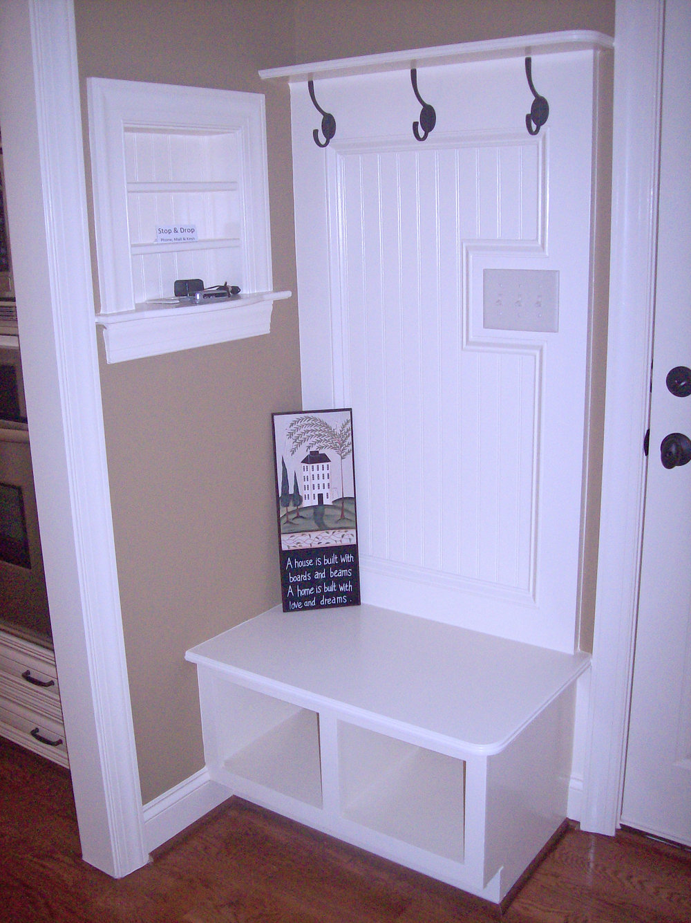 Mudroom - Drop Zone - Charging Station 2.jpg
