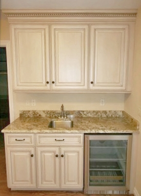 Wet Bar with Antique White Cabinets