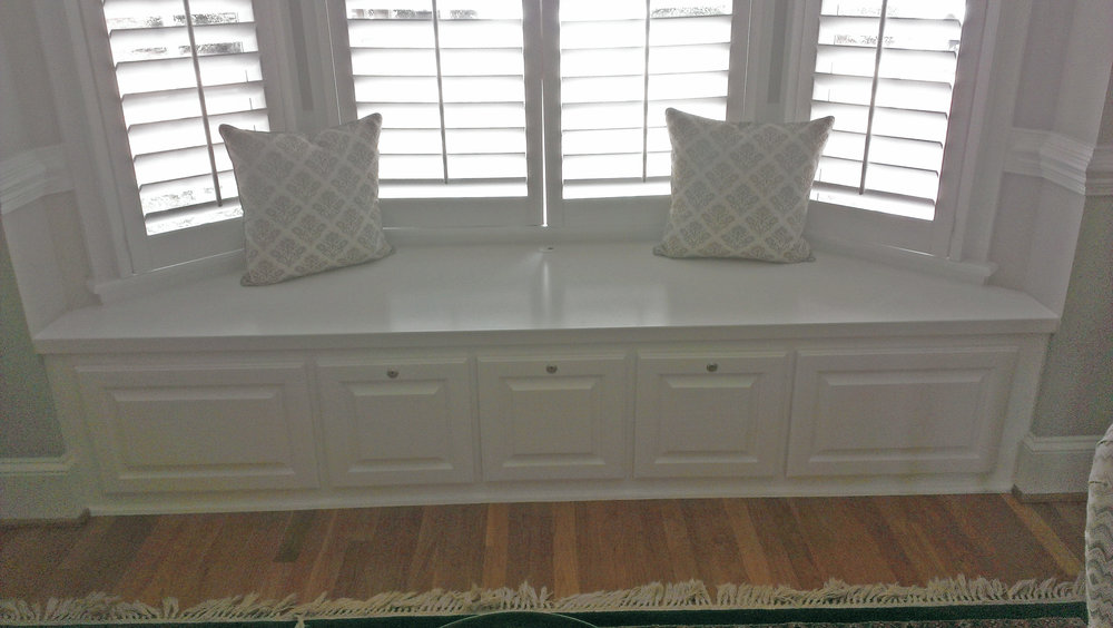 Bay Window with Raised Panel Filing Drawers with Locks, Painted Countertop