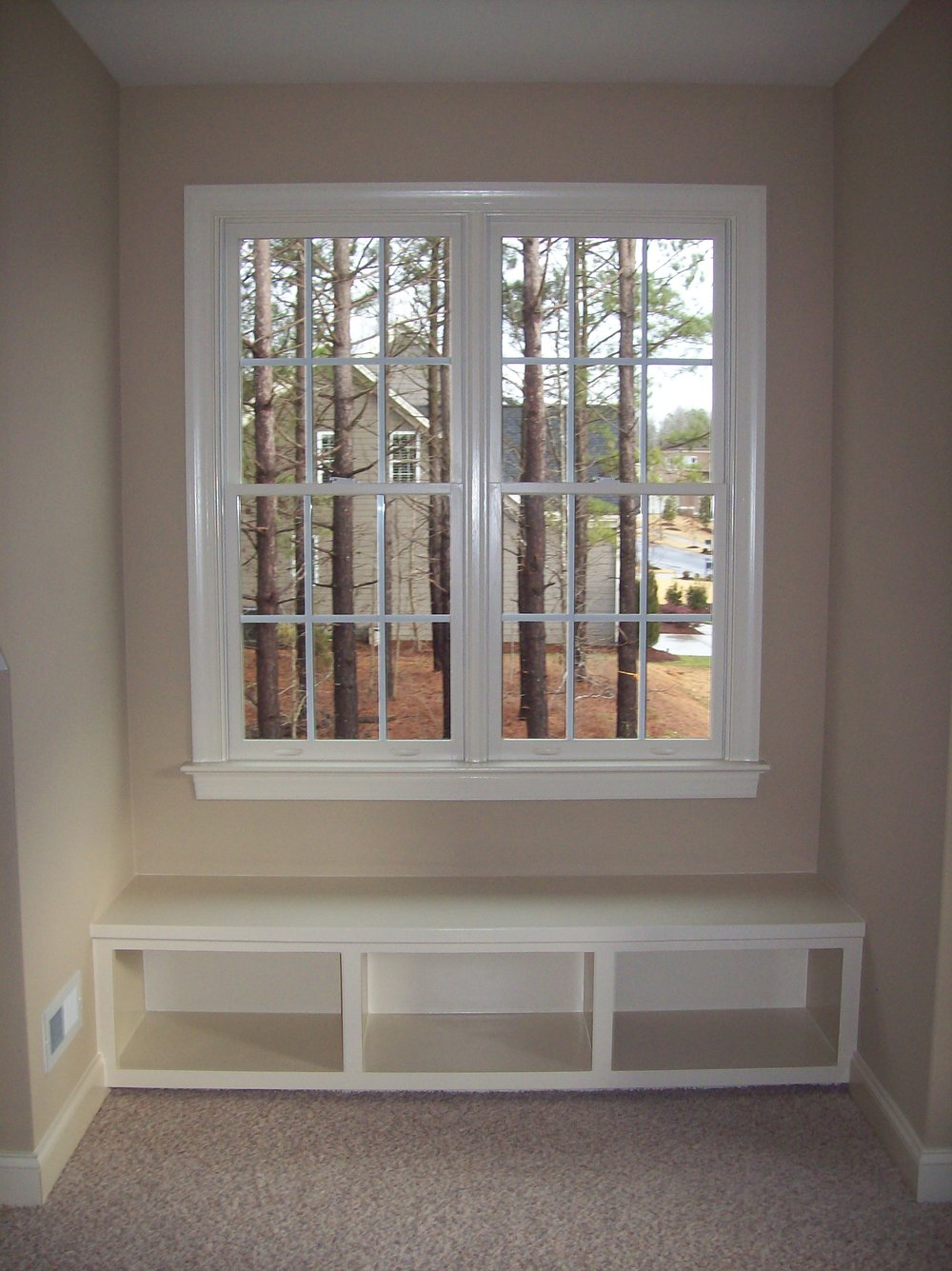 Nook Open Cubbie Window Seat