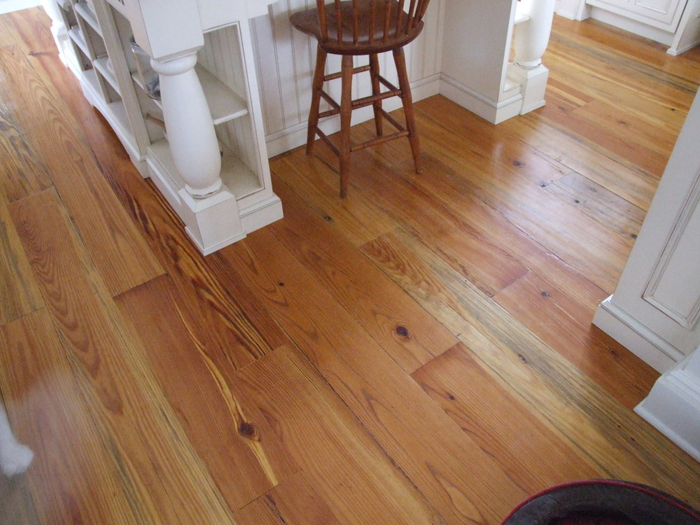 heart pine wide plank wood flooring