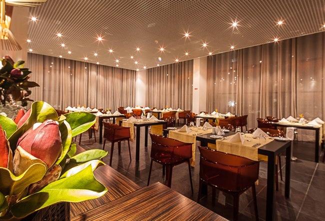 Restaurante Mulemba - Executive Hotel Samba
