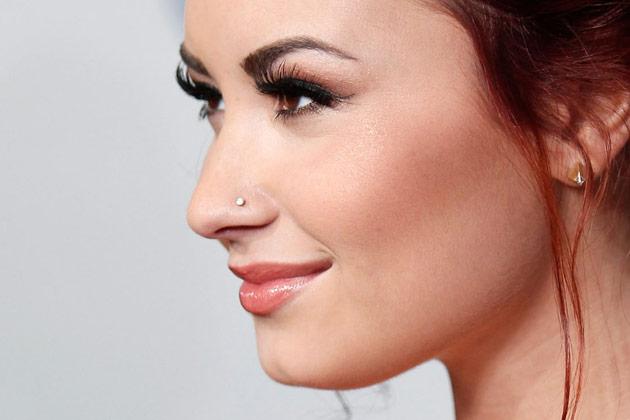 Left-Ear-Lobe-And-Nostril-Piercing-Idea.jpg