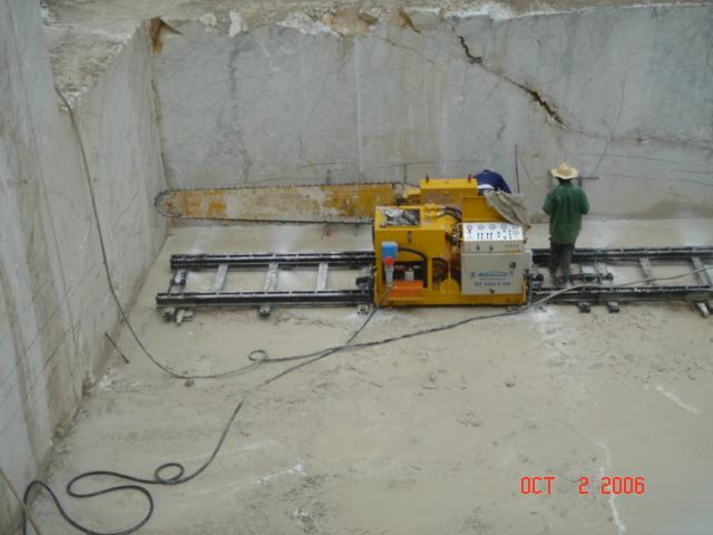 Carrara Quarry.JPG