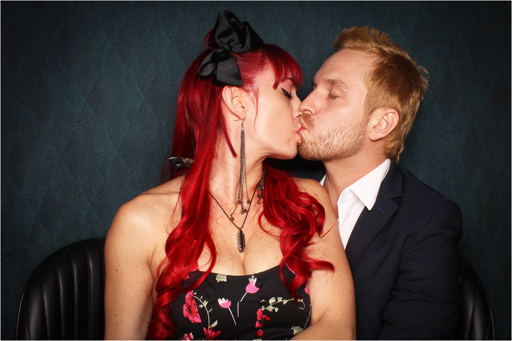kiss 9.jpeg