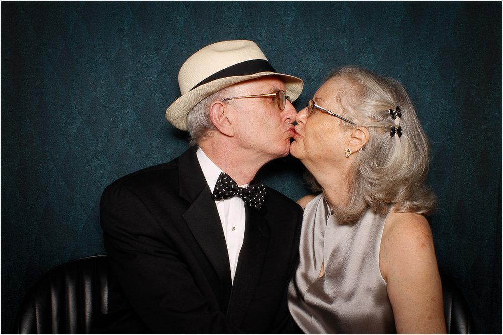 kiss 1.jpeg
