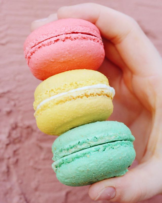 #tbt | macarons française @ameliesfrenchbakery