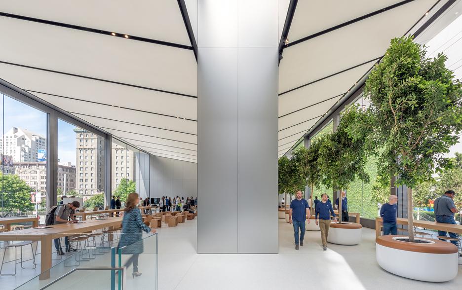 Nova Apple Store, na Union Square, em San Francisco. Projeto: Foster + Partners.   [fonte da imagem]
