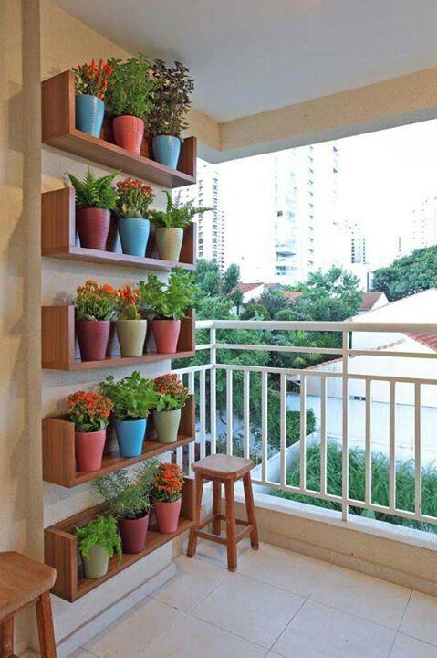 Horta no apartamento.   [fonte da imagem]
