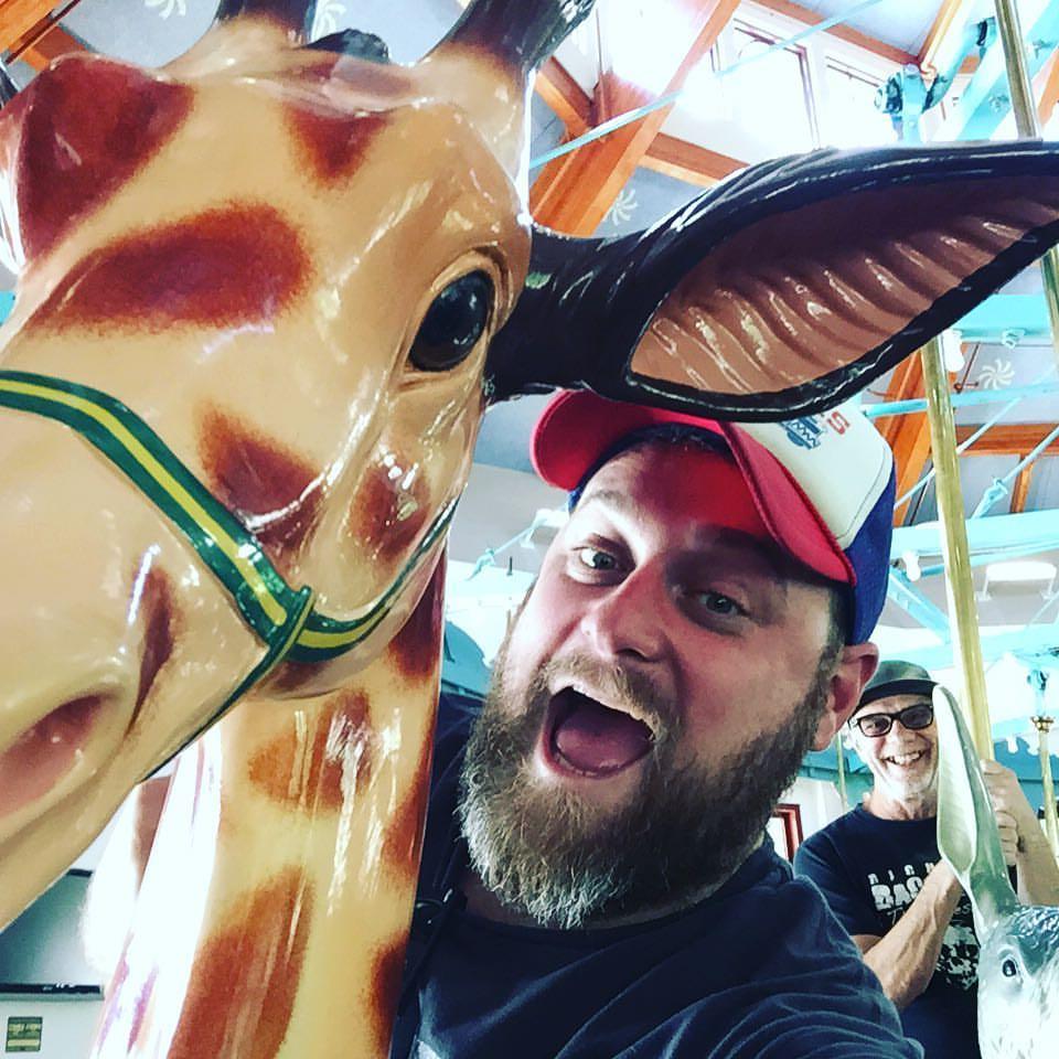 giraffeselfie.jpg