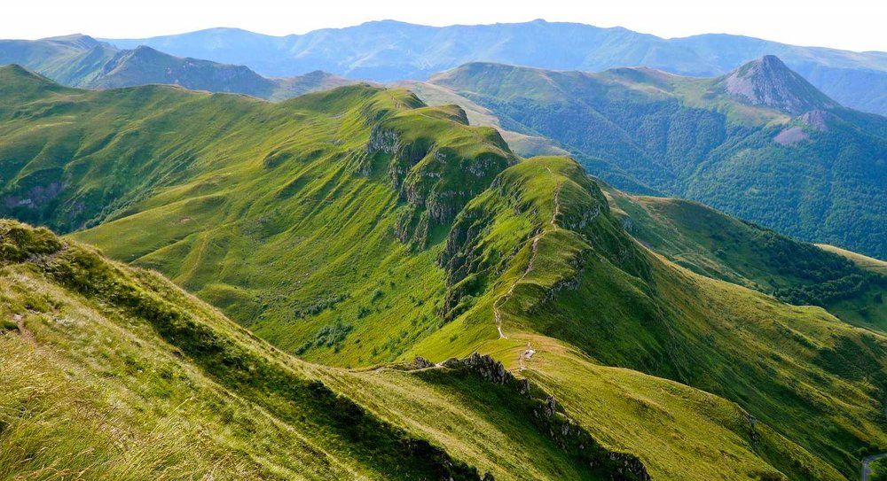 1_cretes-puy-mary-cantal-mag.jpg
