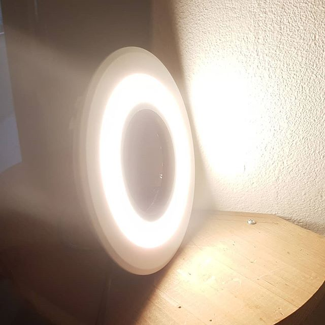 Almost finished building my camera ring-light, for optimizing the #3Dscanning quality. A flat LED ceiling light, modified with a hole in the center for the lens. And used some #3dprinted parts for the edges.  #3D #3dscan #3Dprint #DIY #LED #camera #3dprinting #photography #technology