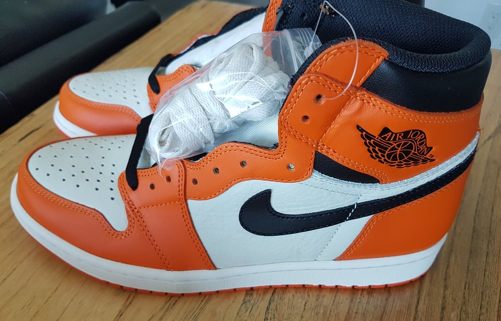 purchase cheap 8b690 55b07 Air Jordan 1 Retro High OG Reverse Shattered Backboard — Yeezy X Jumpman