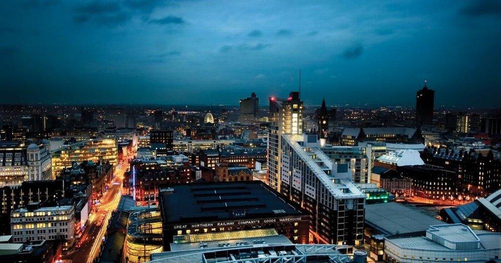 Manchester-city-skyline-dusk