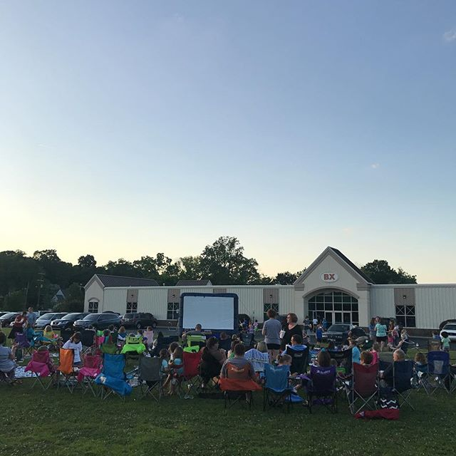 Join us for Family Movie Night at #Brainerd! You still have time as we wait for the sun to go down 😎.