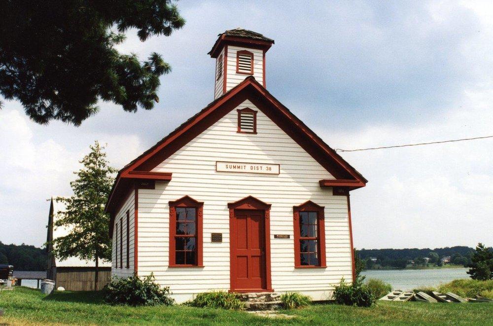 schoolhouse-2_dfa2fca1-5056-a348-3a6878eb9f82cd63.jpg