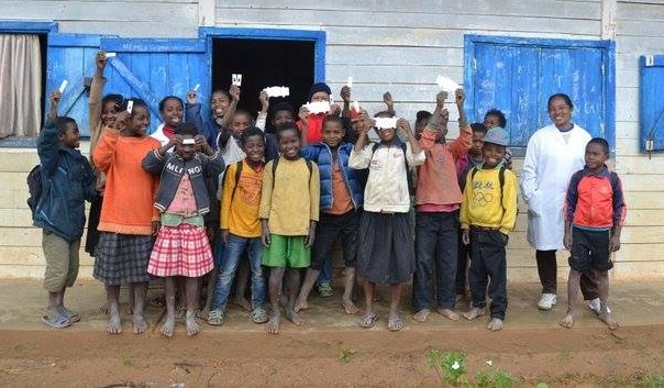 Students in Uganda - able to use Foldscopes because of the generosity of people like you!