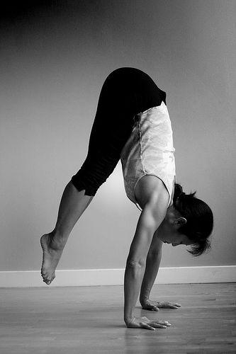 handstand 8-2005.jpg