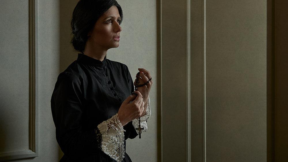 Woman Praying (2016)