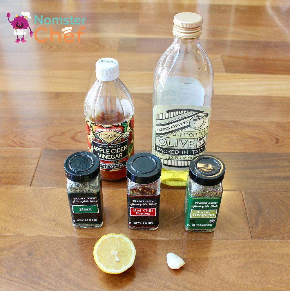 Italian Dressing- food hacks - make your own salad dressing - Nomster Chef