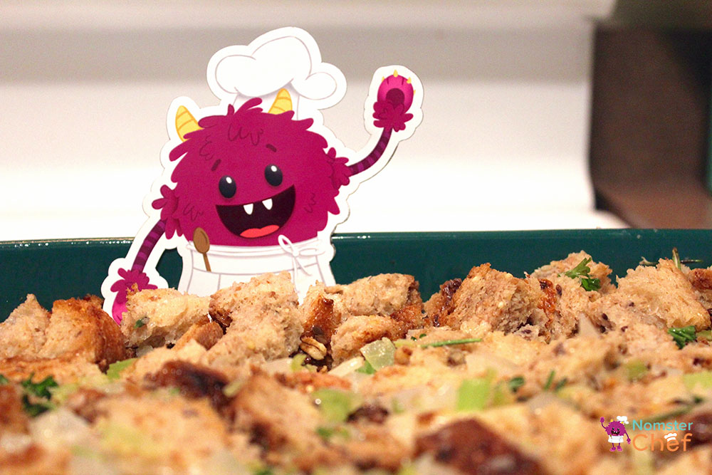 Holiday Recipe for Kids: Thanksgiving Stuffing
