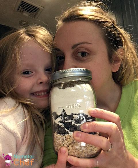 Jamie and Emma - Cookie Jar Gift DIY for Kids .JPG