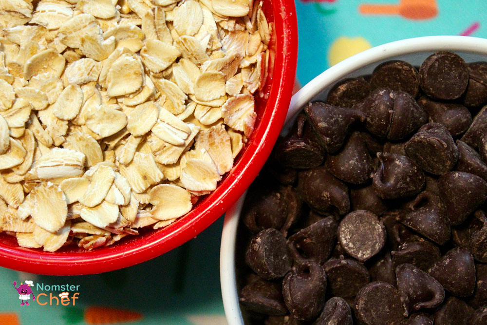 Cookie Jar Gift DIY for Kids - Nomster Chef- oats and chocolate chips.jpg