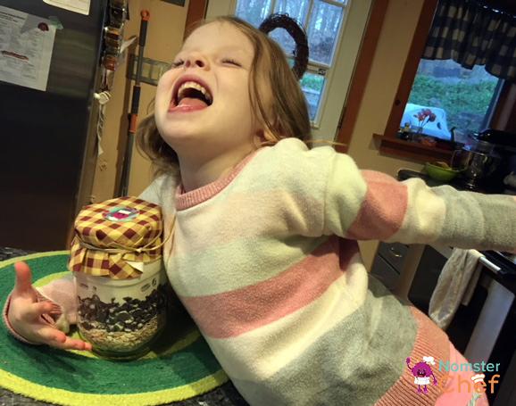 Emma victory - Cookie Jar Gift DIY for Kids .jpg