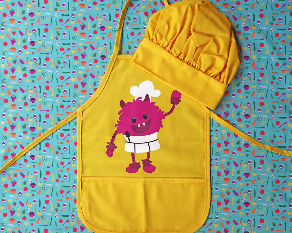 "Child Apron (""Little Kid"" size pictured)"