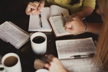 prayer_and_bible_study 500.jpg