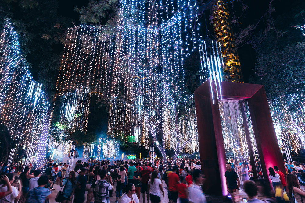 The Philippines, especially those in Makati, take Christmas pretty seriously. This light show happens every 30 minutes and is beautifully coordinated to a dramatic synth-symphonic score, fog machines, and of course, lasers. No show is complete without lasers.