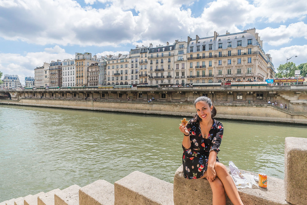 One day in Paris on a Budget-picnic in paris.jpg