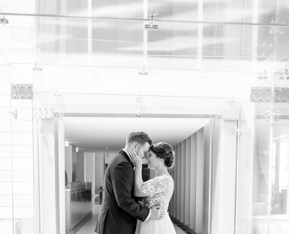 modern black and white wedding  photography
