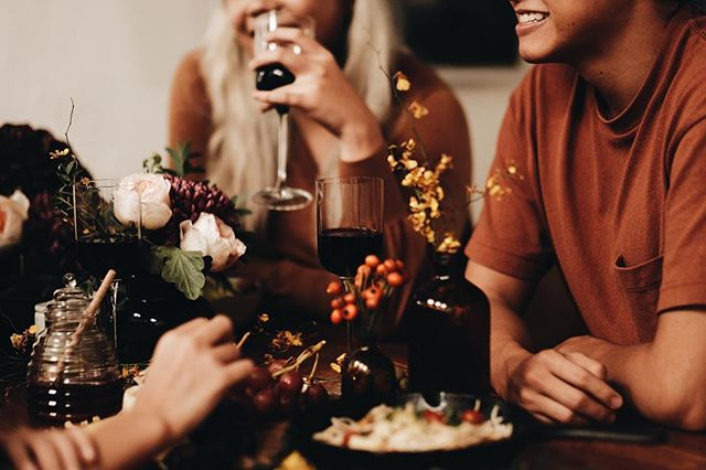 After a looooooong week, don't forget to make time for a good glass of wine (or few), friends laugh and amazing food. Enjoy Your Weekend!