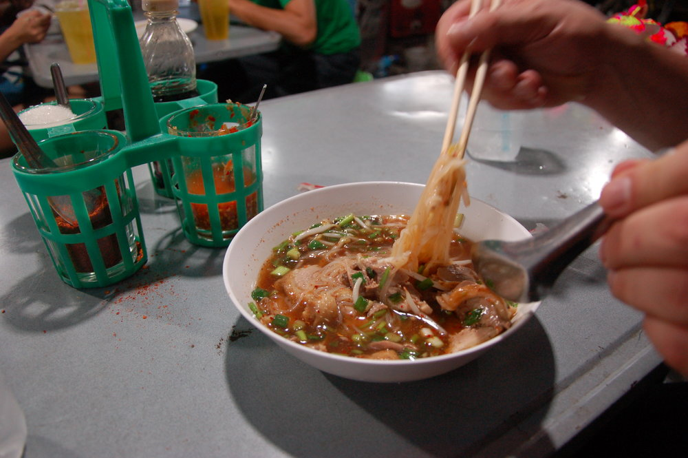 Street-food-style noodle soup in Bangkok's Chinatown = legit.