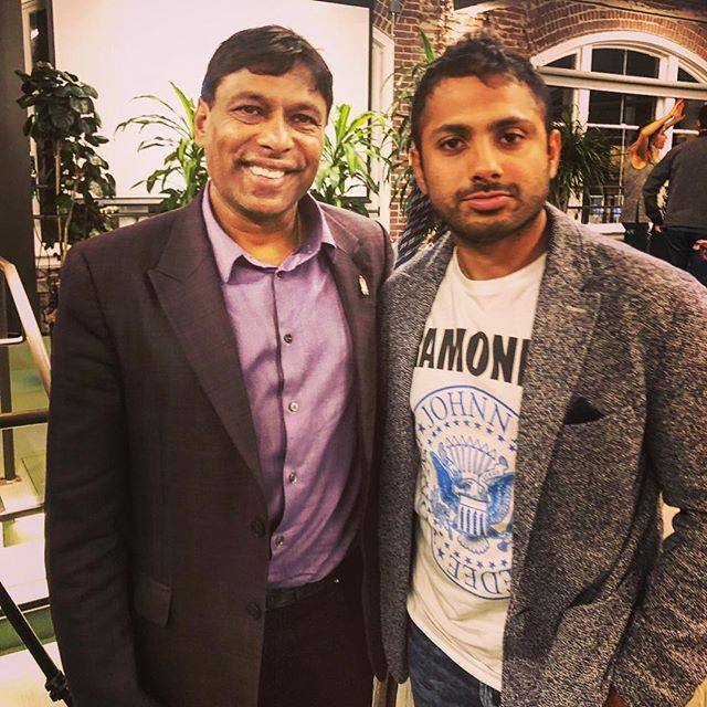 A couple months ago, I had the opportunity to be part of an intimate fireside chat with the #billionaire @naveenjainceo. His definition of a billionaire is to touch a #billion people through educative #healthcare and #transformation of the #mind. I'm pumped to have picked his brain and having information about real healthcare. A few minutes with him there my #biology #education out the door. @myviome is going to be a #gamechanger. His new #book #moonshots is making round and I highly recommend it.