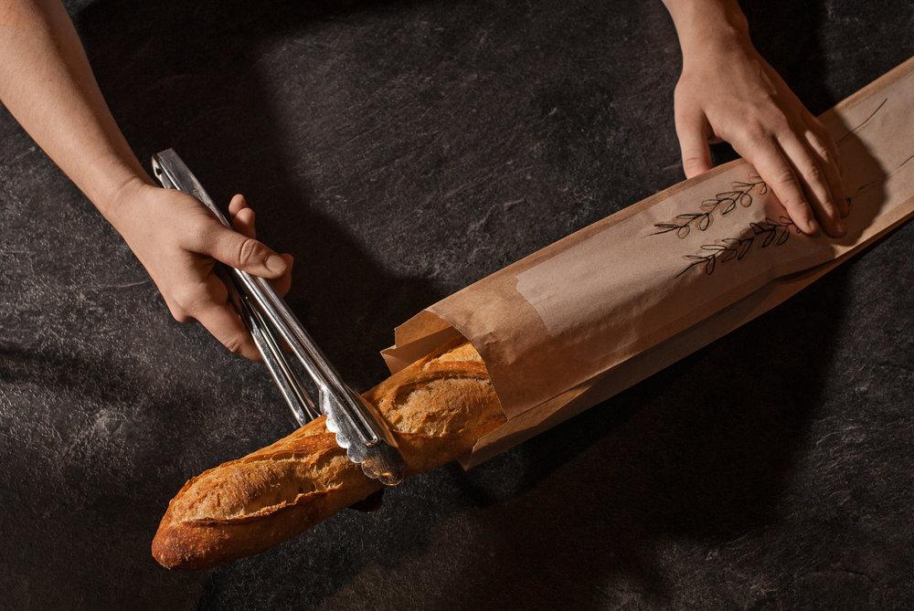 _0005729_La baguette dans le sac.jpg