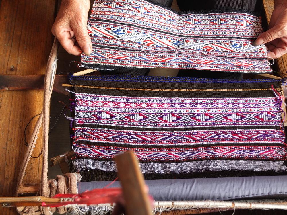 Jacquard_weaving1