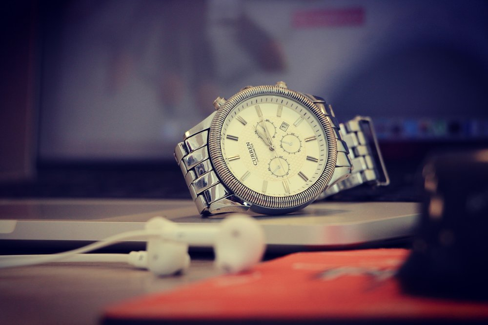 watch-1245791_1920.jpg