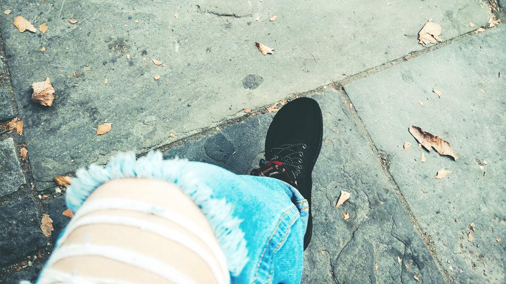 Lems Shoes Women's Boulder Boot in Black | OMventure.com